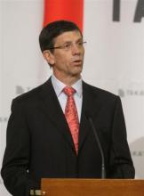 Stefan Stocker, a Takata európai elnöke örömét fejezte ki, hogy belépnek a magyar piacra